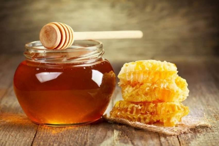 Ερώτηση Τελιγιορίδου – Αραχωβίτη για τις ελληνοποιήσεις και τις νοθείες στο Ελληνικό μέλι